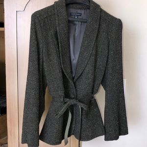 BANANA REPUBLIC TWO PIECE SUIT (blazer + skirt)